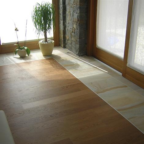Pavimenti per interni pavimenti schenatti srl real stone covering - Pavimenti lucidi per interni ...