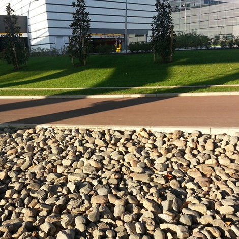 Ciottoli tufo e lapillo pietre per giardini schenatti for Sassi per aiuole