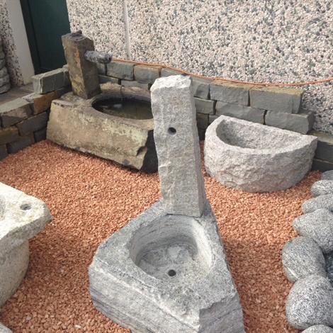 fontane pietre per giardini schenatti srl real stone covering. Black Bedroom Furniture Sets. Home Design Ideas